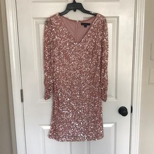 Pink shimmer dress, perfect for New Years!